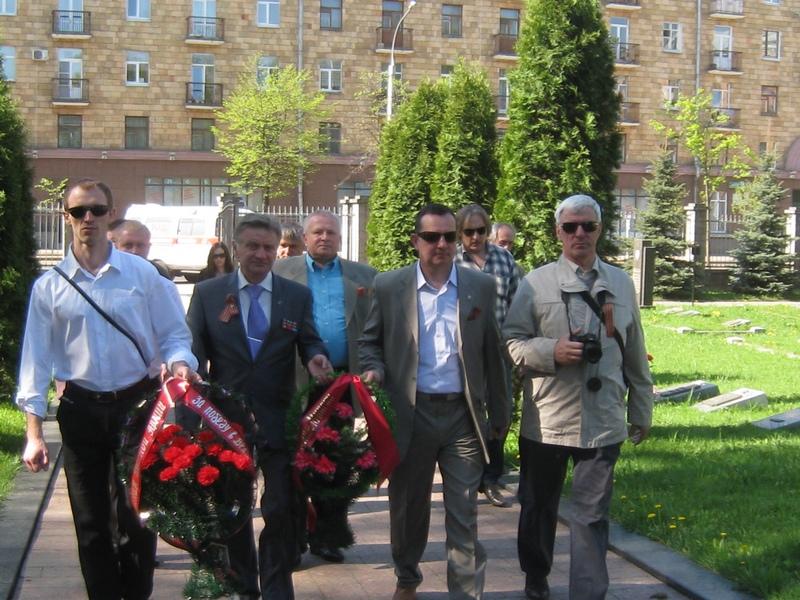 Военное кладбище, Минск, 9 мая 2013г.