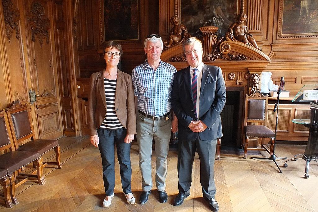 С мэром г.Круа и его заместителем по культуре
